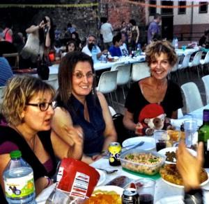 dining al fresco in Girona